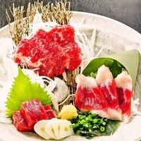 """本場熊本直送!!『""""鮮""""馬刺し』3種盛り"""