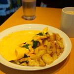 エッグスンシングス - ホウレンソウ、ベーコンとチーズ