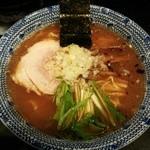 麺屋永吉 花鳥風月 - らーめん大盛り(1.5玉)790円+100円