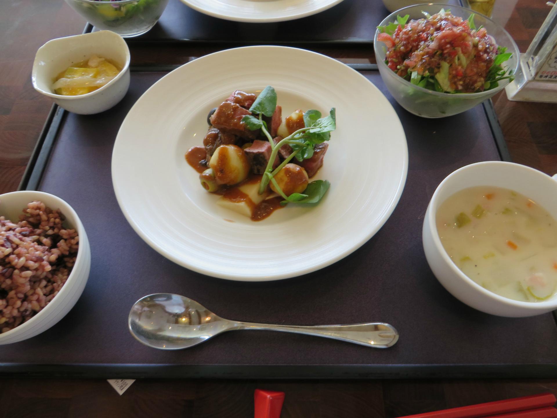 ラウンジ琉菜