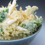 万葉 - 料理写真:白海老のかき揚げ丼 \892(税込)