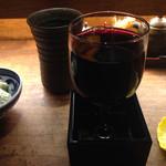 七べえ - 名前は七べぇに代わってます。こぼれワイン