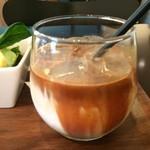 コージーコーヒー - アイスカフェラテ、単品なら、380円です