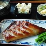 小春食堂 - あぶらのりのりとろける西京焼☆