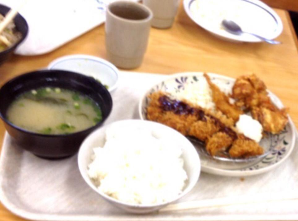 華さん食堂 小倉吉田店