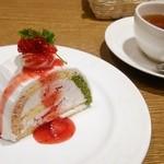 オリーブハウス - ショートケーキとホットティー