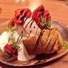 ポップオーバーwithあまおう苺のアイスクリーム