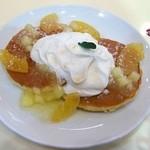 テ ニナス - リンゴとメープルのパンケーキ