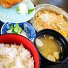 舟源 - 料理写真:日替り定食(カツの卵とじ・さわらの西京焼)