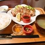 フルカワ食堂 - 郡山トンテキ定食