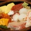 くるま寿し - 料理写真:海鮮丼はめっちゃ入ってる!!