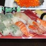 魚かつ - 料理写真:上握り寿司