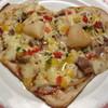 アラビアン酒場 ココブランカ - 料理写真:てりやきチキンのハートピッツア