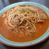 キャラウェイ - 料理写真:魚介とトマトのパスタランチ。900円でプチデザートまで付きます。
