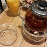 J.S. PANCAKE CAFE - 紅茶