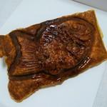 サザエ食品 - デニッシュ鯛焼き(餡・白玉入り(216円)