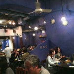 ダバインディア - ブルー調で素敵な店内