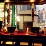 ノーミート ノーライフ - 歌舞伎町の景色を眺めながら!
