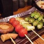 神鶏 - 野菜5串盛り(しいたけ、トマト、ネギ、オクラ、ししとう)