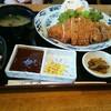 とんかつ亭 天乃家 - 料理写真:特上とんかつ定食1430円。ソースは、デミグラスソース、とんかつソース、ポン酢の3種から選択。