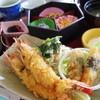サンゴショウ - 料理写真:ジャンボエビ2つが入った「海老フライ定食」