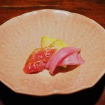 蕎麦懐石 無庵 - つけもの:京人参、アーリーレッド、隼人瓜のかえし漬け