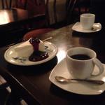 カフェ ド トレボン - レアチーズケーキ、トレボンブレンド