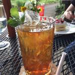 Tea Room - ドリンク写真:アイスティー。