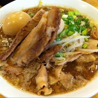 らーめん ふじもと - 料理写真:美味いんですが、遠くてチトお高い