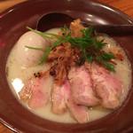 京都 龍旗信 - 白湯 鶏たいたんそば:850円