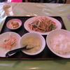 菜香園 - 料理写真:鶏肉の細切りと野菜炒め定食
