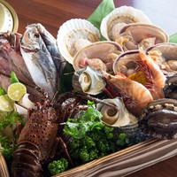 近海産の新鮮魚介類を浜焼き&海鮮鍋で!