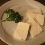キャラヴァンサライ包 - パニール!手作りフレッシュチーズは臭みなし♪