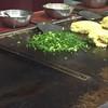 平野屋 - 料理写真:ねぎ肉玉 調理途中