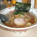 竹打ち麺工房 たかまる - 料理写真:ラーメン 648円