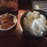 IZAKAYA P/man - ライスとサービスの惣菜