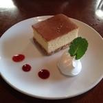 ドルチェ ファール ニエンテ - ベイクドチーズケーキ