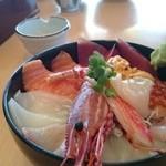 海鮮処 海門 - 満腹海鮮丼 ¥2780(税抜き