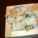 個室 日本酒バル Tokutouseki - 〆のちらし寿司