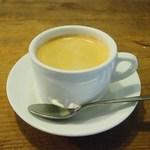 フランツィスカーナー バー&グリル - コーヒー