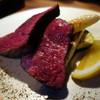 備中倉敷葡萄酒酒場 - 料理写真:鹿児島県産黒毛和牛ハネシタのロース