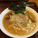 SOUL麺 - 味噌らーめん 864円