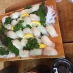 38292967 - ヒラメ寿司