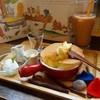 絵本と珈琲 ペンネンネネム green - 料理写真:ぐりぐらホットケーキ
