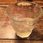 まさや - カウンター飲みは嬉しい200円