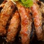Teppan 我流 - お肉2種 合盛り重(ステーキ)