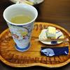 はたごの心 橋本屋 - 料理写真:ウェルカムドリンクの梅酒と練乳チーズケーキ
