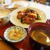 ファミール - 料理写真:若鶏と彩り野菜の黒酢ソース定食