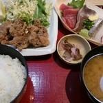 築地食堂源ちゃん - 鯨竜田揚げと刺身定食