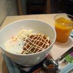 ノードカフェ - ハンバーグボウル&ドリンクセット(ランチ時は¥500円♪)